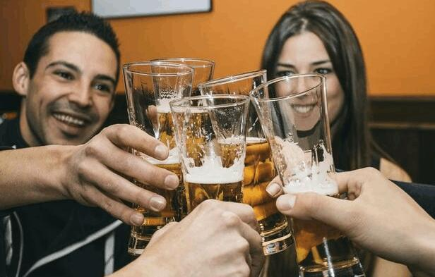 Will drinking beer with a straw make it easier to get drunk?